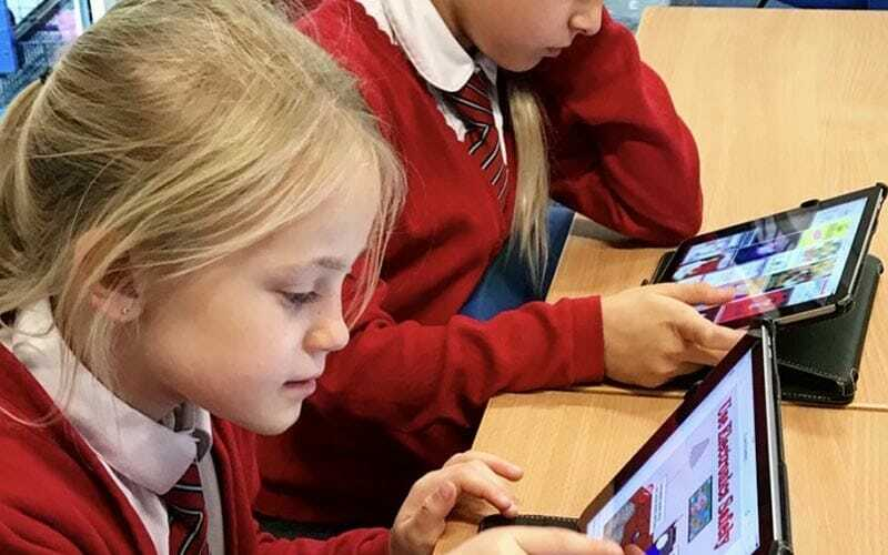 children learning about technology
